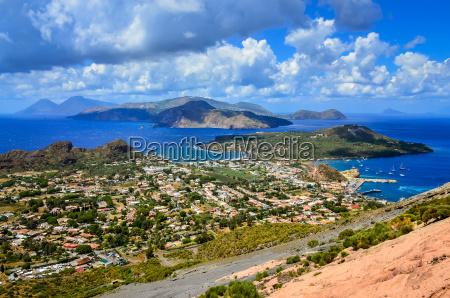 zobacz krajobraz wyspy lipari w sycyliawlochy