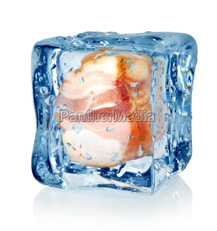 kostka lodu i tlusty boczek