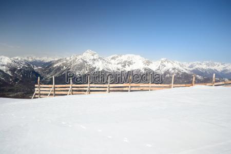 niebezpieczenstwo zagrozenia alpy snieg koks kokaina