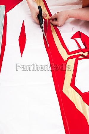 ciecia tkaniny na suknie