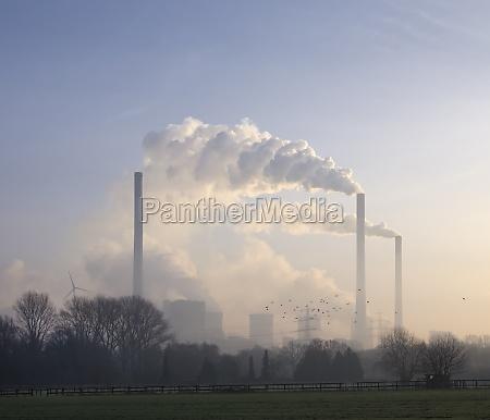 elektrownia o zmierzchu