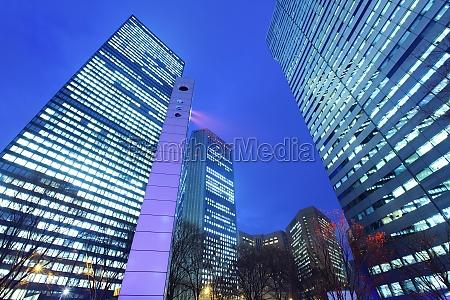 nowoczesny budynek z nieba