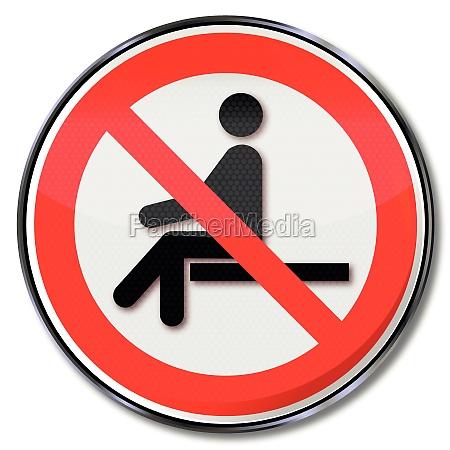 znak zakazu posiedzenie zakazane