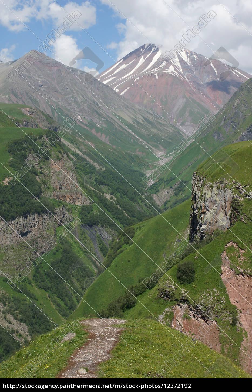 kreuzpass, , kaukasus, , georgien, , europa - 12372192