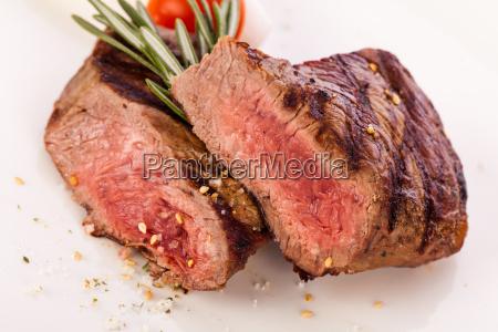 Srednio smazone filet z steku wolowego