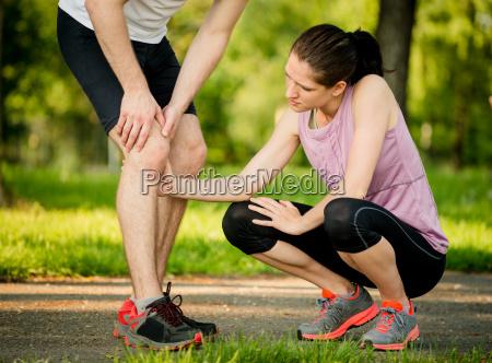 helping hand knee injury
