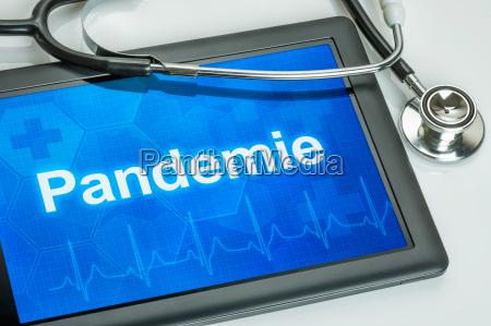lekarz medyk doctor medyczny laptop notebook