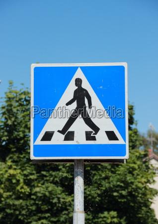 tarcza sygnal znak chodzenie zwiedzanie pieszy