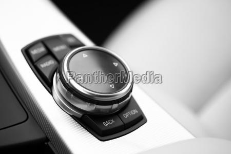 szczegoly przyciskow samochodu