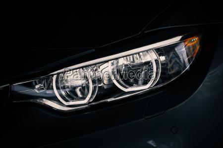 reflektor samochodowy led
