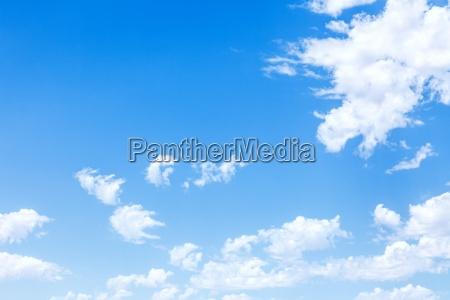 blekitne niebo