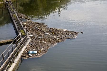 przyroda srodowisko dreck dramat odpad zanieczyszczenia