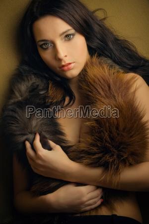 moda brazowy brazowe brunetka piersi cycki