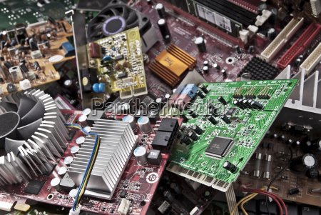 elektronika platine ochrona srodowiska muslin smieci