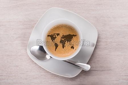 kawa z mapa swiata