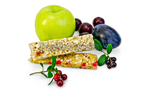 granola bar z borowkami i owocow