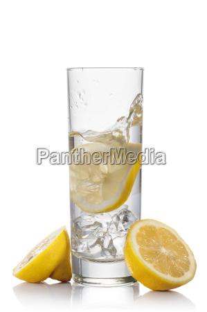 wody i cytryny