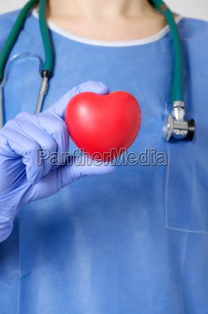 lekarz medyk doctor medyczny serce kondycja