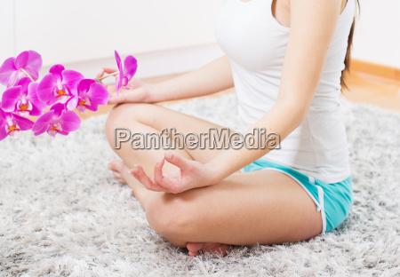 joga kobieta medytacji relaks zdrowego stylu