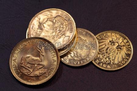 stare zlote monety