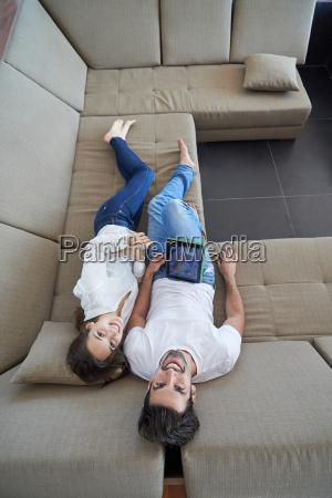 para w nowoczesnym domu za pomoca