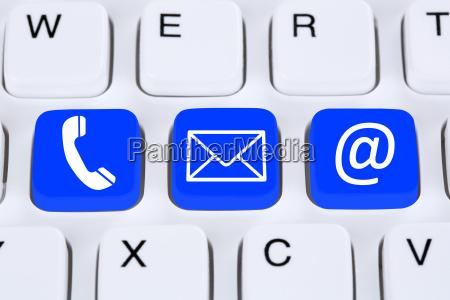 komunikacja kontakt z telefonem list lub