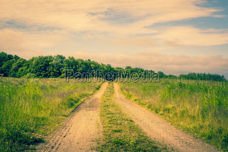 droga na wsi