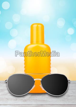 balsam do opalania z okularami przeciwslonecznymi