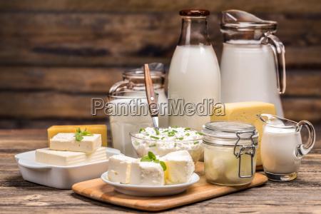 martwa natura z produktow mlecznych