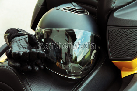 prowadzic ubezpieczenie motorsport ochrony chronic kask