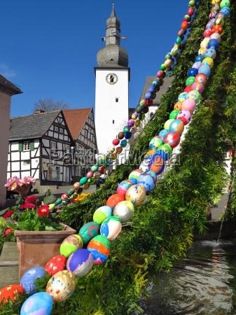 fontanna wielkanocna w arnsberg stare miasto