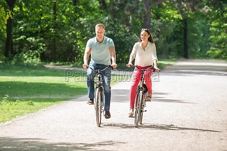 para jazda rowerem