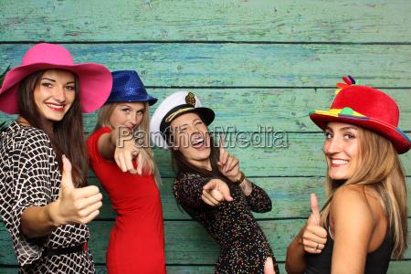 glamour nakrycie glowy kapelusze sukces dziewczyny