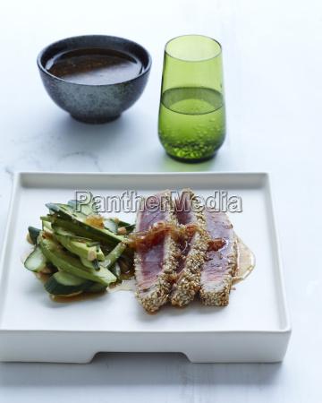 sezam skorupa tunczyka