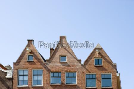 building in amsterdam