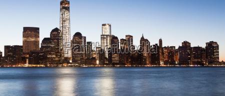 panoramic manhattan skyline at dusk new