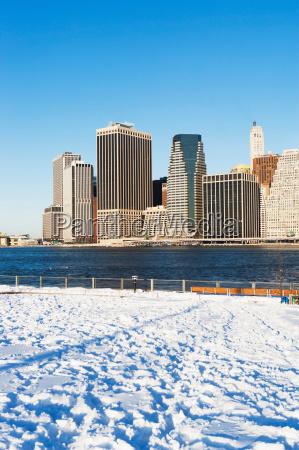 new york city skyline and snowy