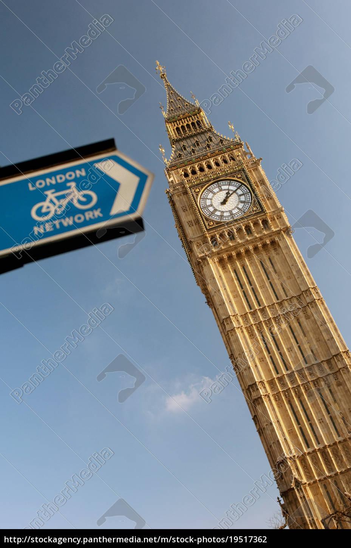 big, ben, and, a, cycling, public - 19517362