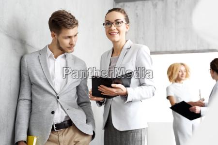 analiza dokumentow prezentacja biznesowa