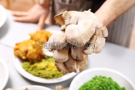 boczniaki grzyby w kuchni wegetarianskiej restauracja
