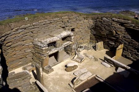 jazda podrozowanie domy mebel kamien pestka