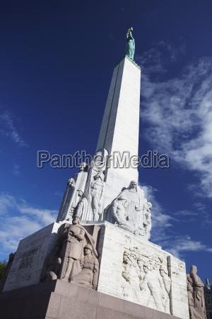jazda podrozowanie architektonicznie pomnik statula rzezba