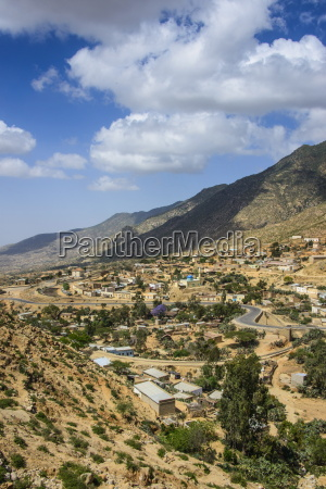 the town of nefasi below the