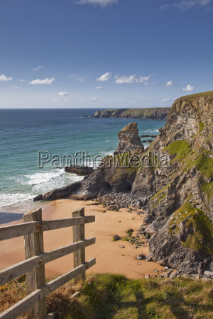 looking down to the bedruthan steps