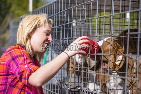 usa texas young teenage girl feeding