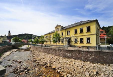 niemcy saksonia schmiedeberg szkola i lokalne