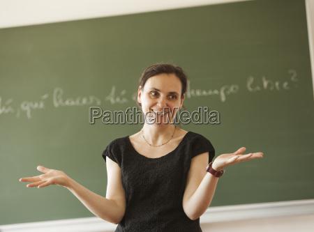 austria nauczyciel przed tablica