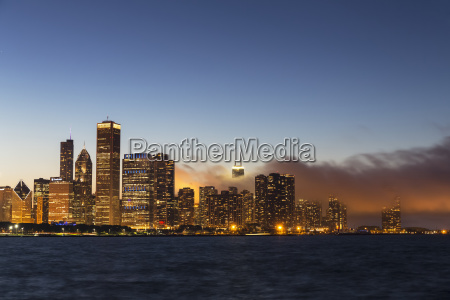 usa illinois chicago skyline and lake