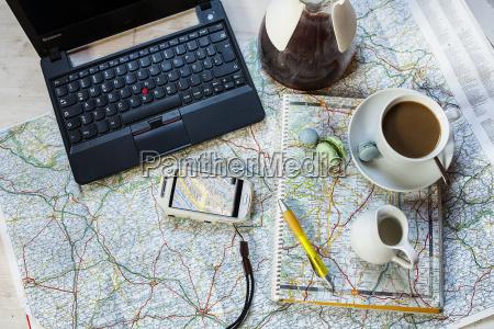 telefon szklo kubek kielich laptop notebook