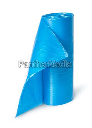 niebieski zwolniony zdeponowanych prostopadle odpad plastik